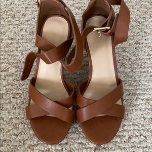 Forever 21 Brown Wedge Sandals Women Size 5.5